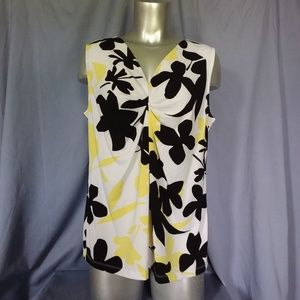 Floral Pattern Sleeveless Blouse